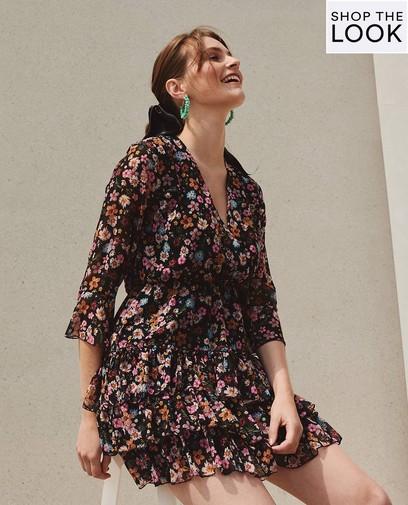 Elegant in deze zomerse jurk